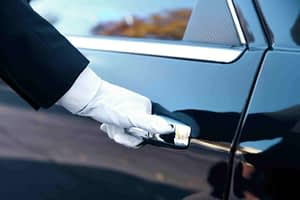 Private tours Paris with private chauffeur by PARIS BY EMY