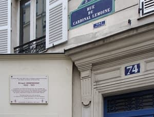 Hemingway famous writers in Paris by PARIS BY EMY