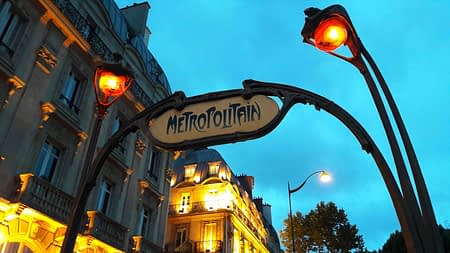 Metro Paris tour package by PARIS BY EMY